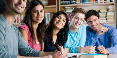 becas y ayudas para estudiantes (1)